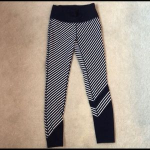 New Balance navy and white tights